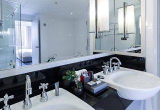 Sydney Harbour Marriott Corporate Parties, Spa Suite Bathroom