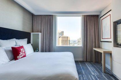 Sydney Harbour Marriott Corporate Events, Deluxe Suite Bedroom