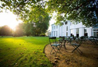 The Hurlingham Club Social Parties, Private lawn