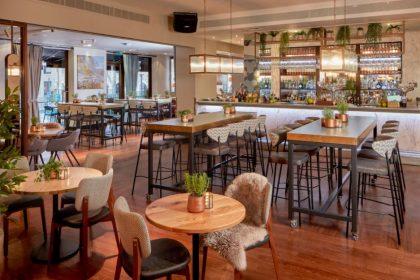http://Corney%20&%20Barrow%20bar%20&restaurant%20Devonshire%20Terrace