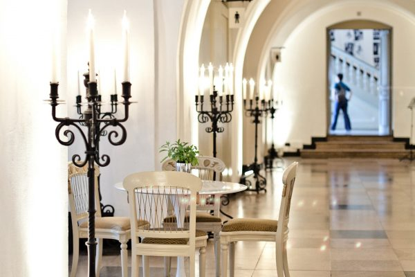 http://Banqueting%20House%20Private%20Dining,%20The%20Undercroft%20Cafe