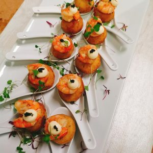 http://Blue%20Strawberry%20Canapes%20at%20Banqueting%20House