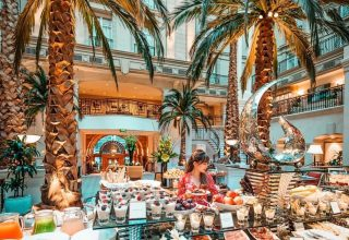 The Landmark Hotel Brunches, The Winter Garden, Photography by @sharonyws