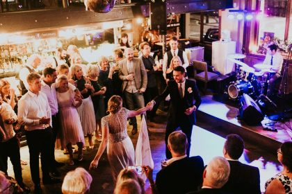 How To Set The Best Party Atmosphere Guests Won't Forget