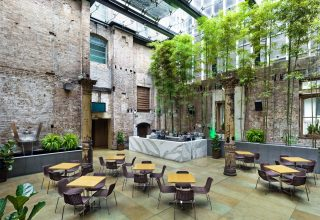 Establishment Bar Private Dining, Courtyard