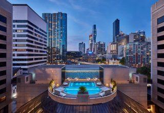 Crowne-Plaza-Pool-Deck